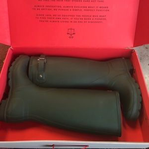 NWT Hunter Boots